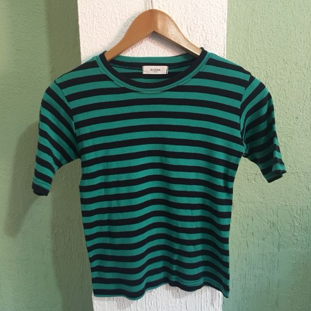 Fitted black/green striped crop top