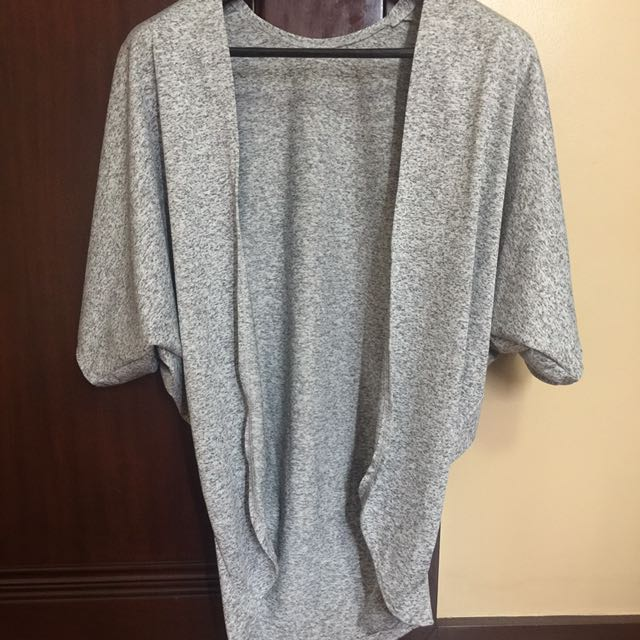 Free Sized Pull Over