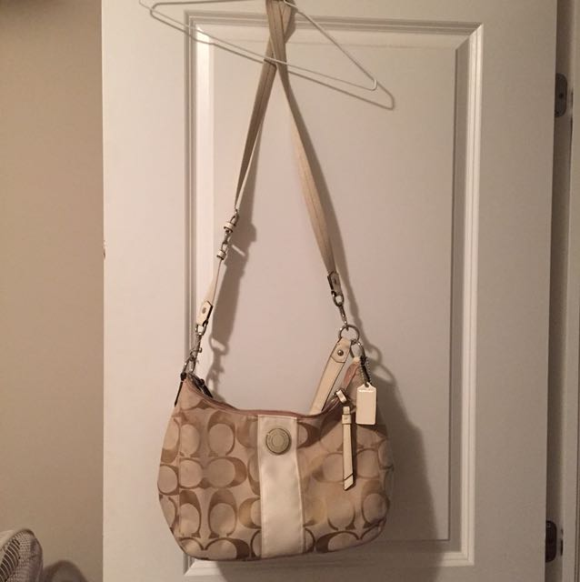 Gold Coach Purse Brand New Unworn With Tags - Great Christmas Gift!