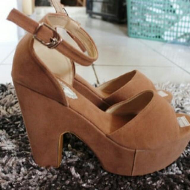 high heels suede