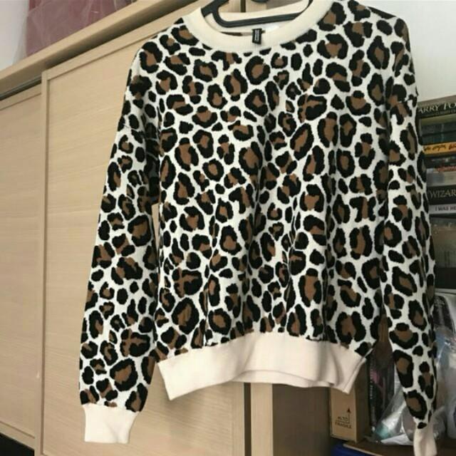 H&M Leopard Jumper