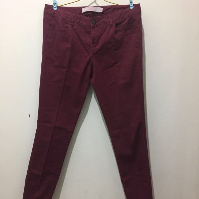 Low Rise Giordano Maroon