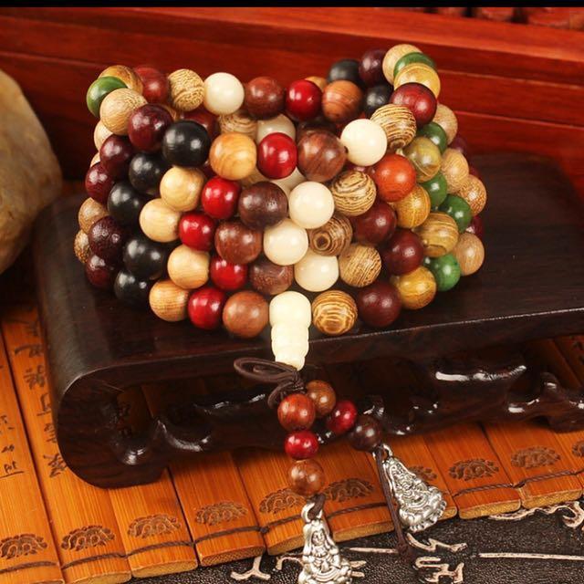 Mala 108 beads sandalwood Bracelet , free postage