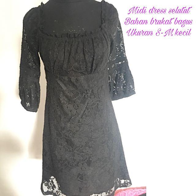 Midi Brukat Dress