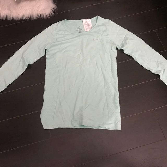 Nike long sleeve dri-fit
