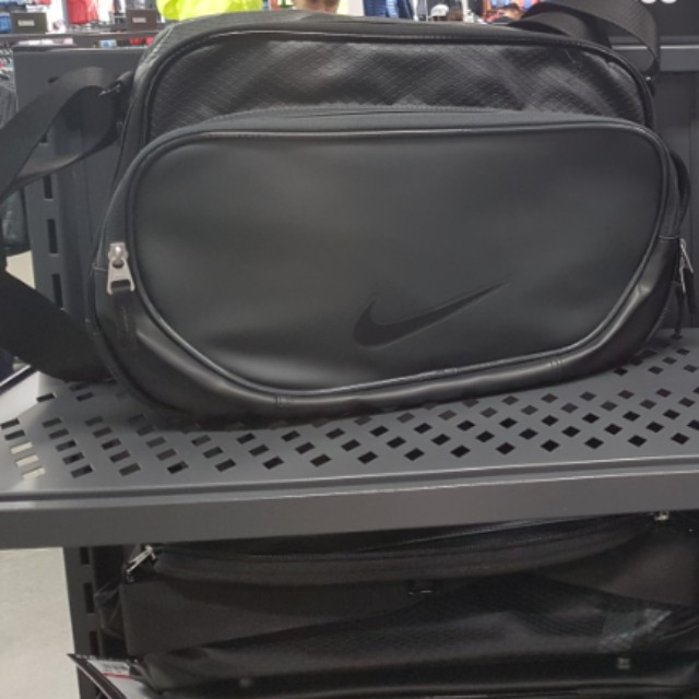 Buy nike side bag   up to 70% Discounts 8f155c950173f