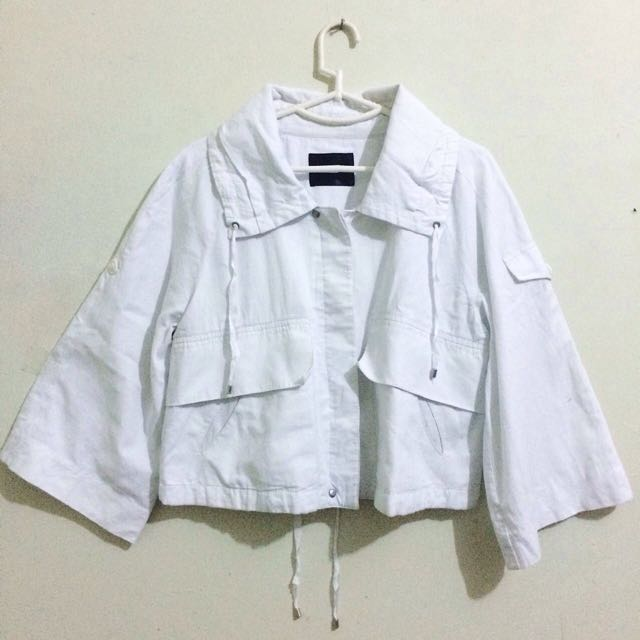 Outer White Import