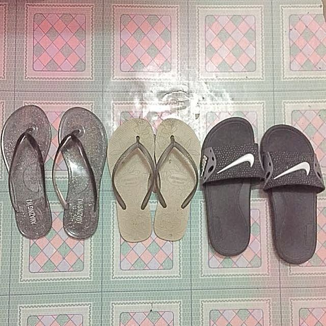 Pre-loved Buy All slippers