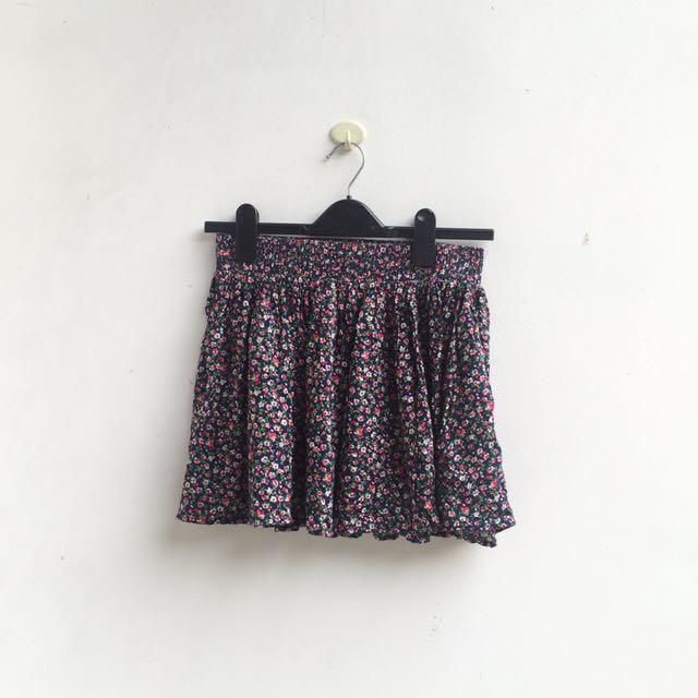 [PRELOVED] Forever 21 - floral mini skirt