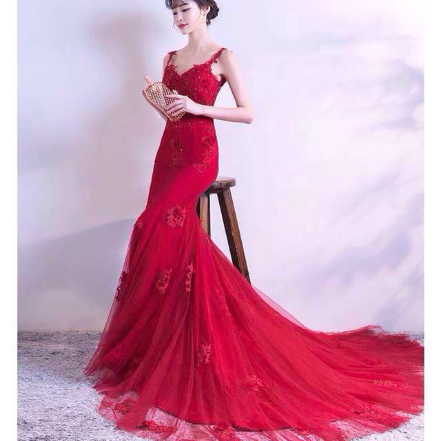 👭Red Floral Evening Gown with Train (RENTAL)