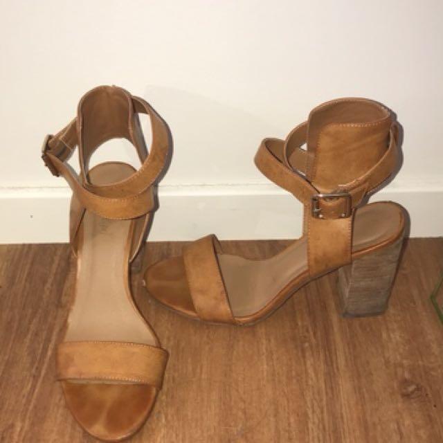 Sports girl brown heels - worn once!