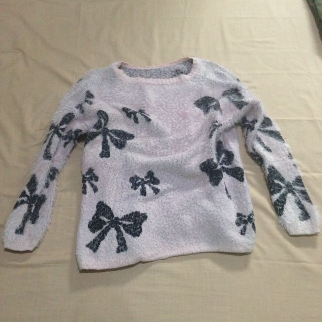Sweater pink bow