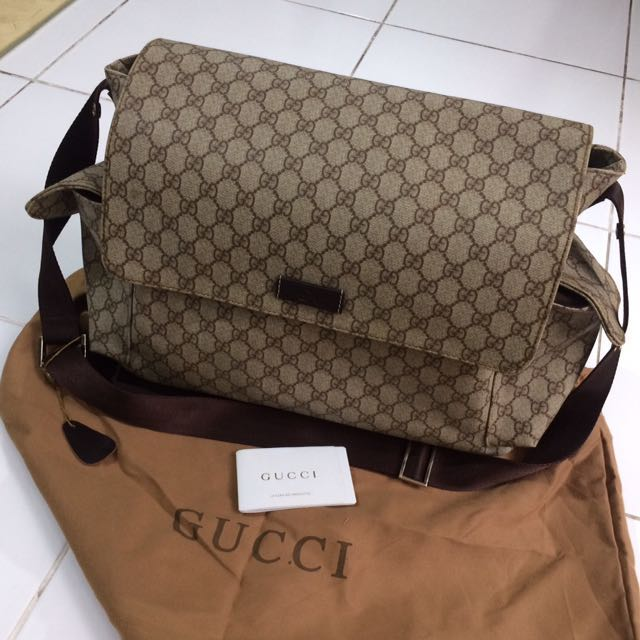 Tas Gucci Selempang Material Waterproof Size 38x12x30cm Casual 7984906d0d