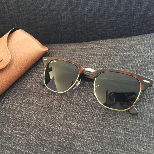 Turtle Shell Classic Ray Bans with Gold Rim