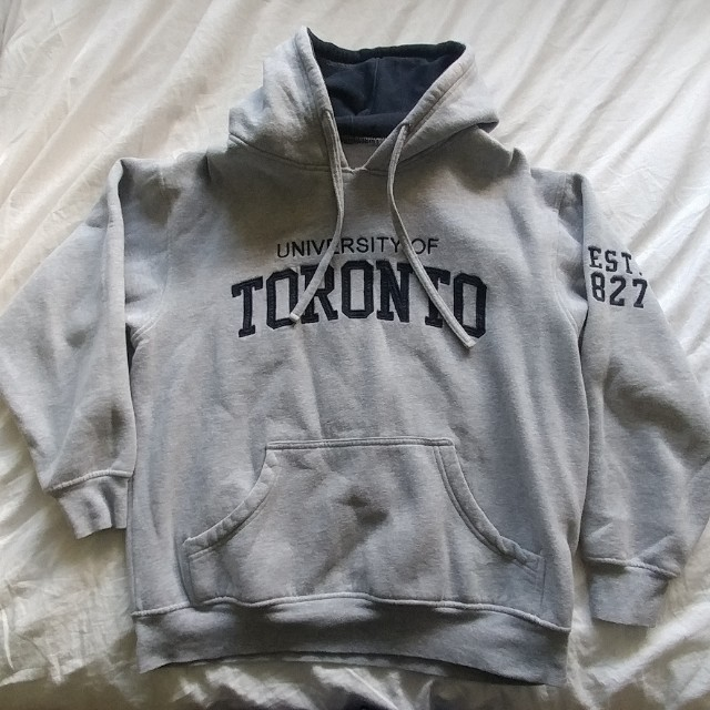 UofT hoodie size S