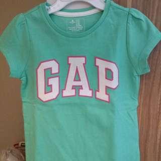 Gap t-shirt (new, never been worn)