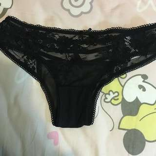 (Used) black cheeky panty