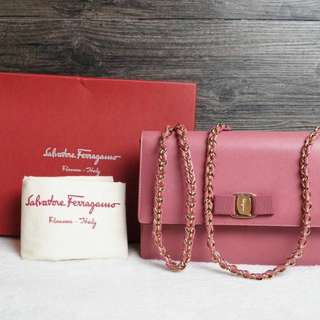 Ferragamo Medium Ginny Vrea