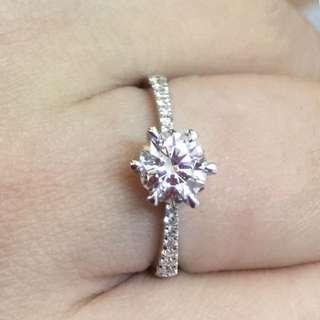 🈹️GIA證書 18k金鑽石戒指 主石60份伴石13份原價$37000蝕讓價$19800超值