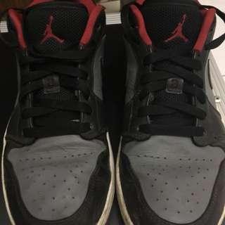 Air Jordan 1 Low size 42/8.5 US