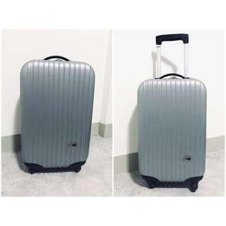 ✈️JUST BEETLE銀色登機箱🏖