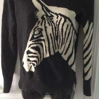 Women's Cashmere hi-lo Sweater Size S
