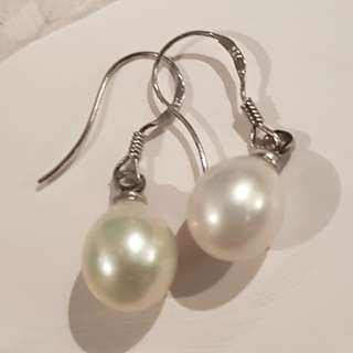 New real pearl drop earrings