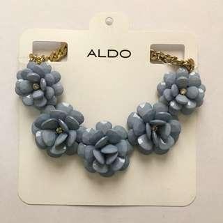 ALDO BIG BLUE FLOWERS NECKLACE