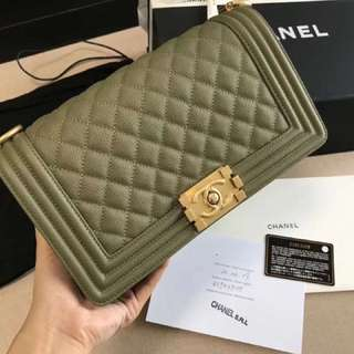 Chanel boy 95%new full set