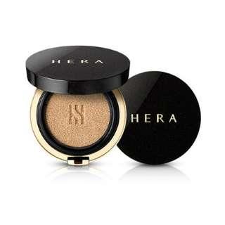 Hera Black Cushion
