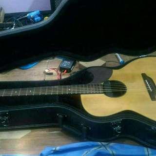 Gitar rangkaian sendiri