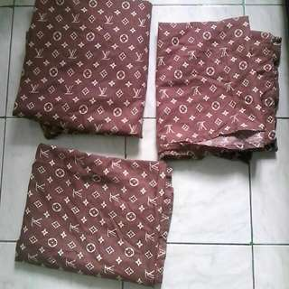LV bedsheet with pillow case