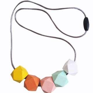 Five stones wood Long necklace