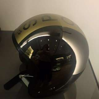 全新 Agnes b. 小b. Sport b. 銀色 安全帽 內裡麂皮  附 防塵袋、盒子 專櫃正品 真品