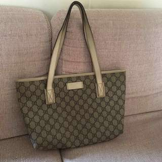 Gucci tote bag with dust bag (real with receipt)