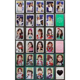 [PREORDER] TWICE MERRY & HAPPY OFFICIAL PHOTOCARD