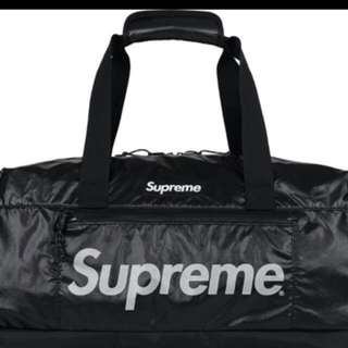 Supreme FW17 duffel bag