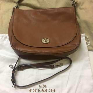 Coach 真皮側孭/斜孭袋(清櫃,不議價)
