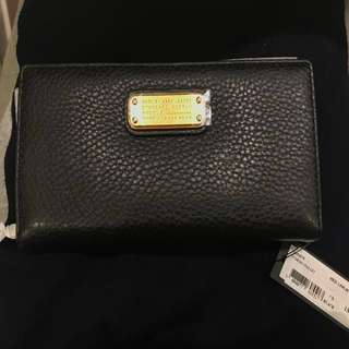 Marc by Marc jacobs genuine leather black and gold long wallet 全新真皮銀包 Michael kors coach Kate spade ♠️