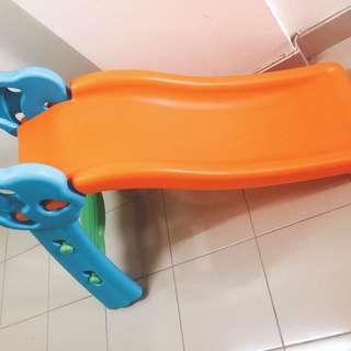 Gelongsor / slide for kids