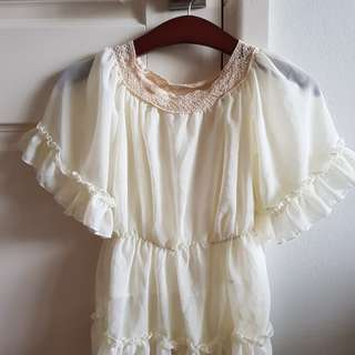 Elegant floaty lace blouse