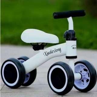 Cute Mini Glider Bike Baby Balance Walker (White) Ready Stock🚴♀️🚴♂️🚵♀️🚵♂️
