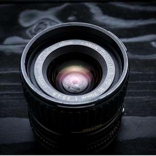 Canon FD 35-70mm zoom Macro lens