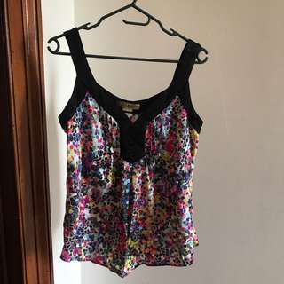 Bright summer top singlet