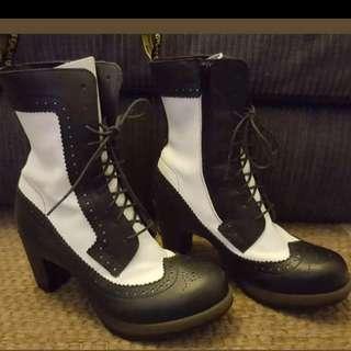 Dr Martens 'Regina' boots