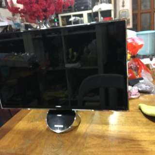 Samsung 23 inches 3 D monitor