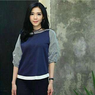tria strip navy blouse