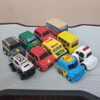 2-inch Plastic Pullback mini cars - LOT