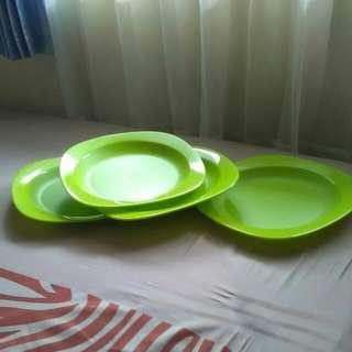 Tupperware blossom plate ori
