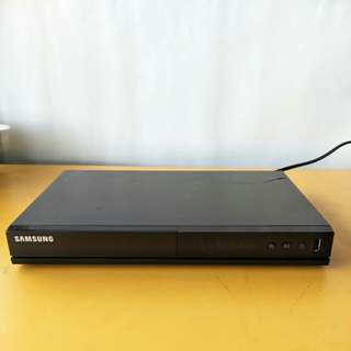 Samsung Digital Video Disk Player ( Model : DVD E3-60 ) @ A1/1